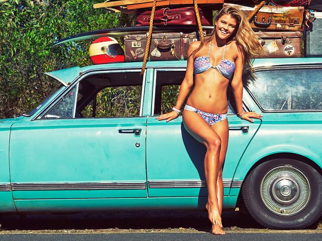 Nina-Agdal-Bikinis-for-Mambo-Swimwear-Summer-2014-033