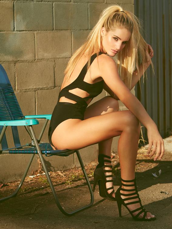 Emily Palos revista Chilanga Surf