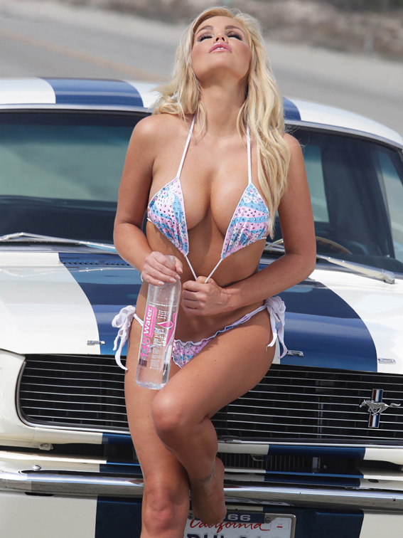 Colleen Shannon revista Chilanga Surf