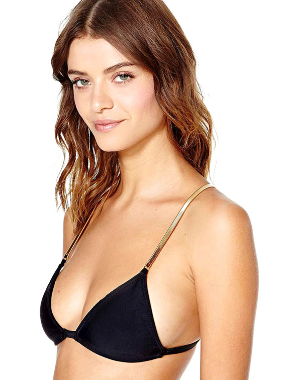 Lais-Navarro-Wears-A-Tiny-Bikini-For-Nasty-Gal-06