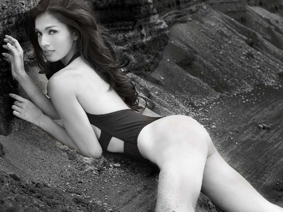 Andrea-Torres-is-SUper-Sexy-in-FHM-Philippines-December-2014-06-900x675
