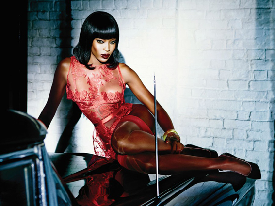 Naomi-Campbell-Sexy-Lingerie-Shoot-for-Agent-Provocateur-03-900x675