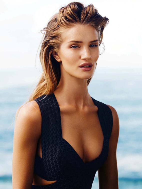 Rosie-Huntington-Whiteley-Hot-in-Harpers-Bazaar-Australia-February-2015-06-830x1106