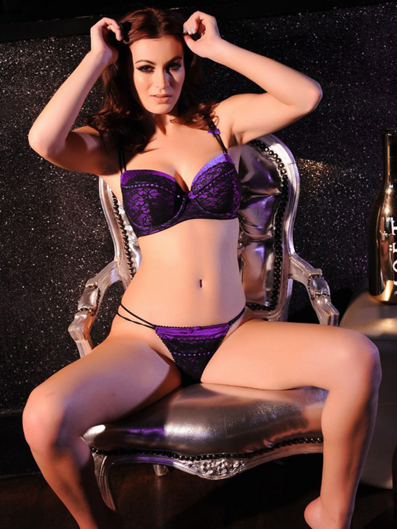 Summer-St.-Claire-Takes-Off-Her-Purple-Lingerie-for-a-Topless-Shoot-06-830x1106