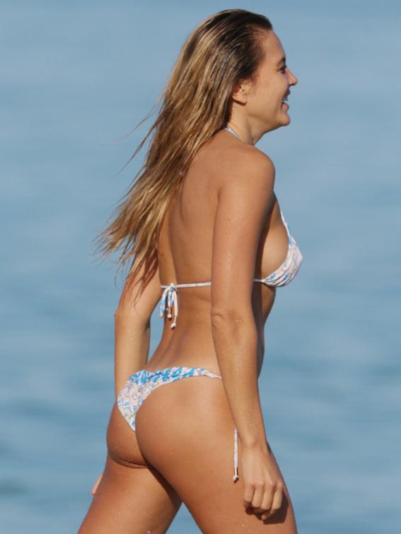 Tetyana-Veryovkina-Shows-Off-Her-Bikini-Body-in-Miami-06-830x1106