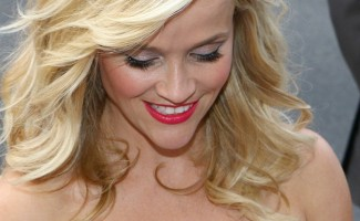 Reese Witherspoon revista Chilanga Surf