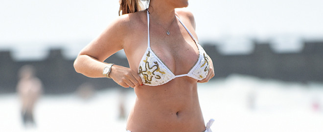 EXCLUSIVE: Jessica Wright puts on a dazzling display in a skimpy white bikini at the beach during her recent vacation to Los Angeles.  Pics taken August 14th.  Pictured: Jessica Wright   Ref: SPL1341325  310816   EXCLUSIVE Picture by: Splash News  Splash News and Pictures Los Angeles:310-821-2666 New York:212-619-2666 London:870-934-2666 photodesk@splashnews.com