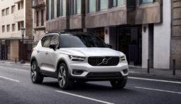 Volvo-XC40-2018-1280-03
