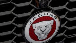 Jaguar-E-Pace-2018-1280-b7