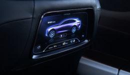 Lexus-LF-1_Limitless_Concept-2018-1280-32