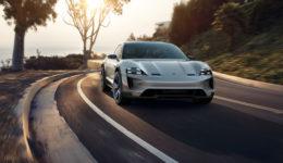 Porsche-Mission_E_Cross_Turismo_Concept-2018-1280-05