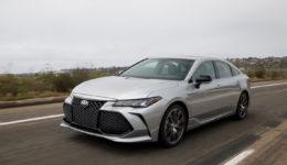 Toyota-Avalon-2019-1280-0c