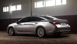 Toyota-Avalon-2019-1280-15