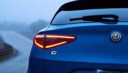 Alfa_Romeo-Stelvio_Quadrifoglio_US-Version-2018-1280-c2