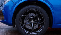 Alfa_Romeo-Stelvio_Quadrifoglio_US-Version-2018-1280-d0